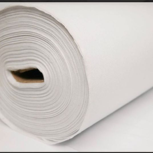 Quality white Iron on Heavy weight interfacing